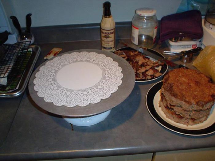Meat Cake (16 pics)