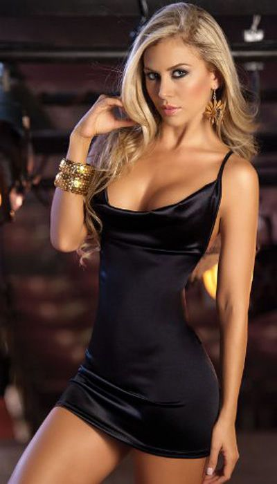 Pretty Girls in Tight Dresses. Part 9 (50 pics)