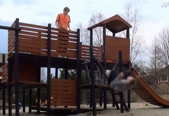 Playground Fails Compilation