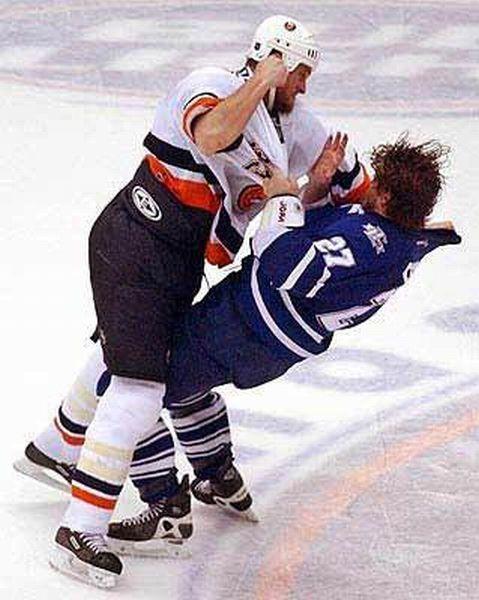 Legendary Hockey Fights (7 videos)