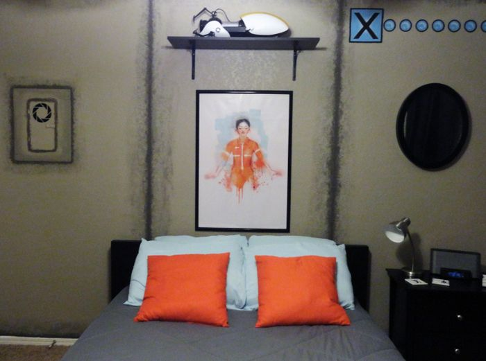 Awesome Portal Themed Bedroom (57 pics)