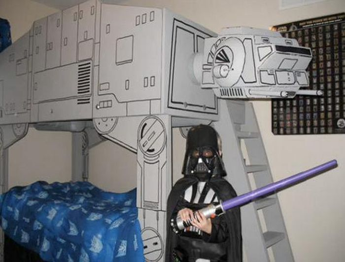 The Geekiest Parents Ever (21 pics)