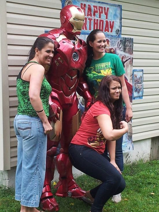 Awesome Iron Man Suit (22 pics)