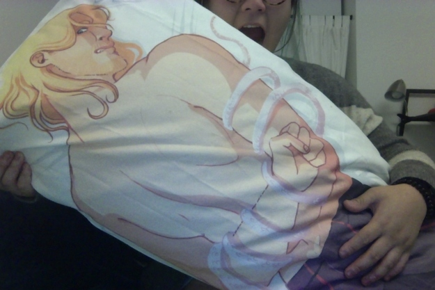 Body Pillows (20 pics)