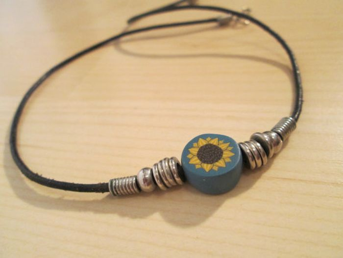 Jewelry from the '90s (34 pics)