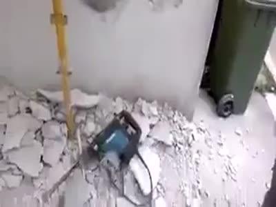 Stupid Russian Construction Worker Fail