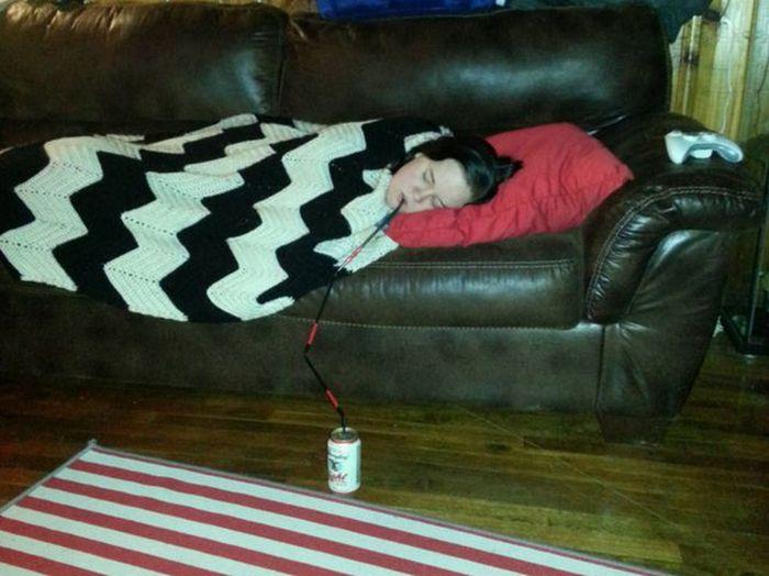 Lazy Life Hacks (17 pics)