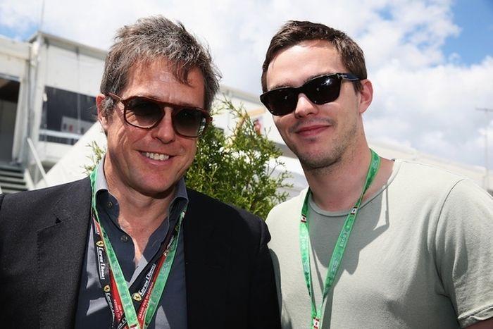Nicholas Hoult And Hugh Grant Reunited (4 pics)