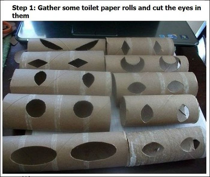 How to Scary People with Toilet Rolls (4 pics)