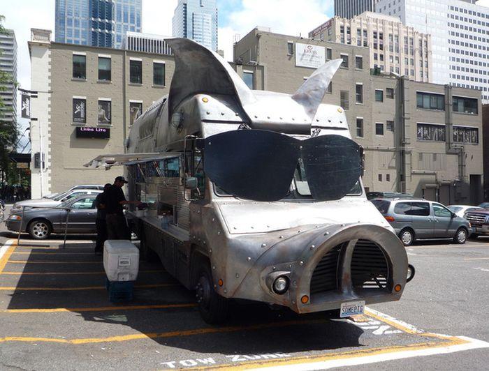 Strange Food Trucks (20 pics)