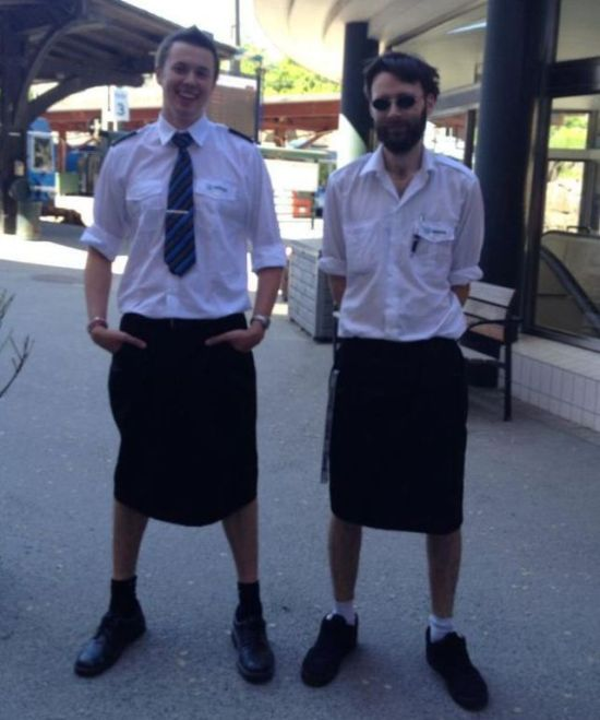 Swedish Train Drivers Wearing Skirts (4 pics)