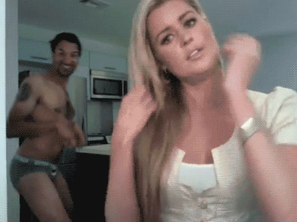 Videobombs Are Funny (20 gifs)