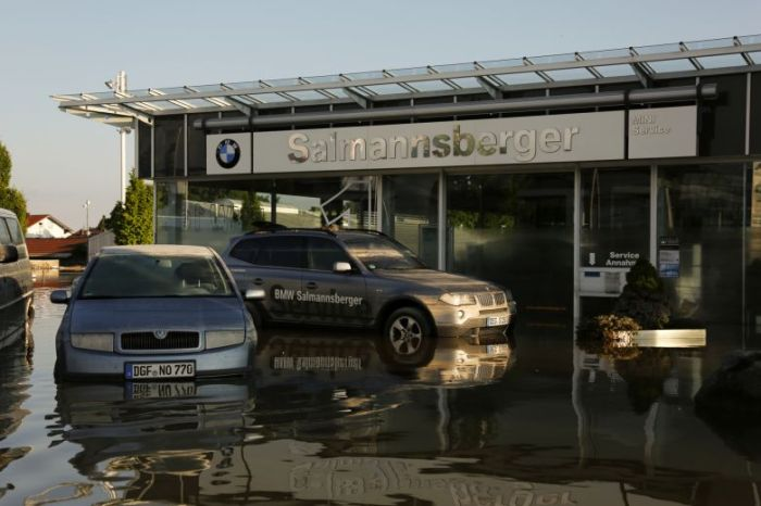 Flooded Cars in Germany (35 pics)