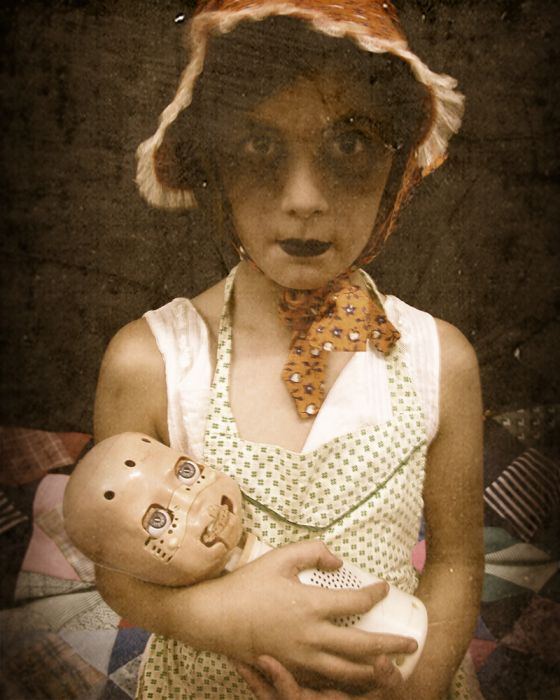 Bizarre And Creepy Photography (51 pics)