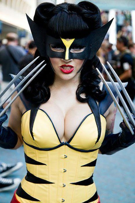 Hottest Women Costumes