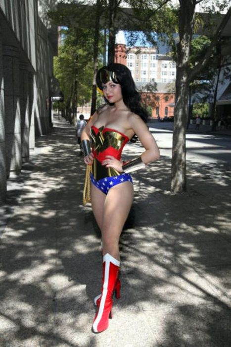 The Hottest Cosplay Girls Ever (66 pics)