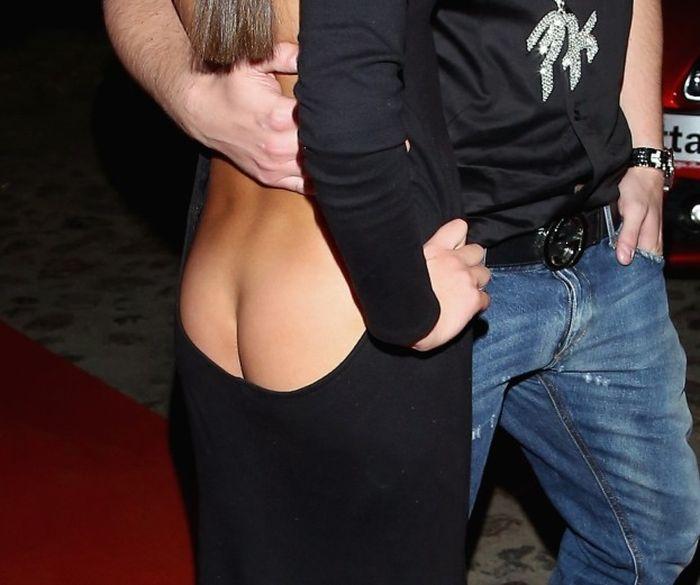 Back Cleavage (10 pics)