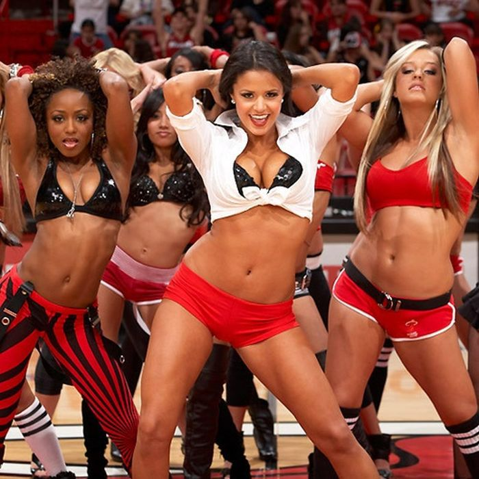 Miami Heat Cheerleaders (67 pics)