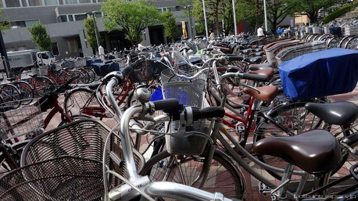 Automated Underground Bike Storage in Japan (12 pics + video)