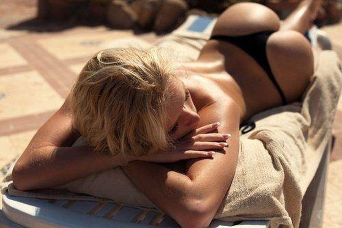 Beautiful Bikini Girls (34 pics)