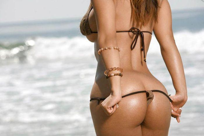 Brazilian Bikini Girls (59 pics)