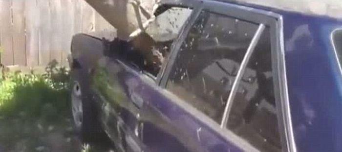Angry Driver Takes Revenge (4 pics + video)