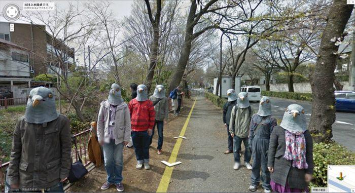 Pigeon People on Google Street View (4 pics)
