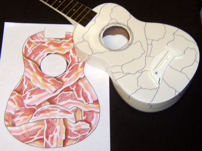 Bacon Ukulele with an Egg Inside (6 pics)