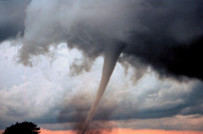 The Best Tornado Photos of 2013 (15 pics)