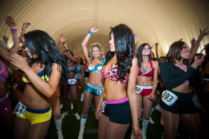 NFL Cheerleaders (50 pics)