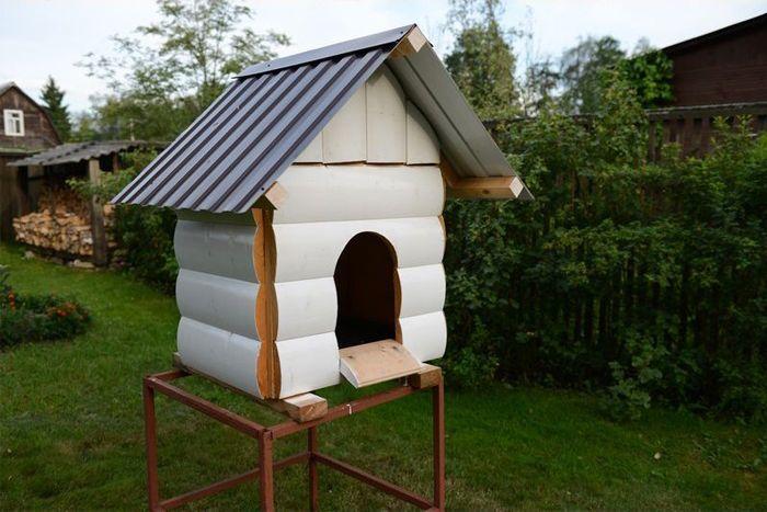 DIY Dog House (12 pics)