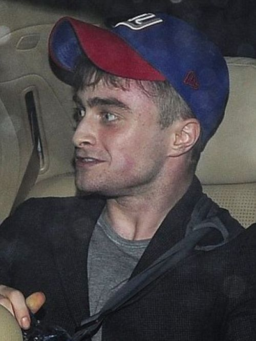 Daniel Radcliffe Looks High (5 pics)