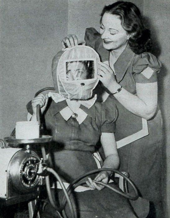 Beauty Treatments a Century Ago (11 pics)