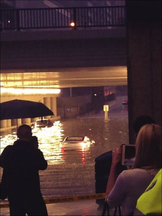 Extreme Flooding in Toronto (31 pics)