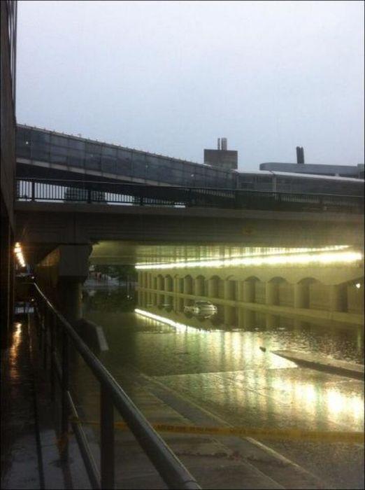 Extreme Flooding in Toronto (31 pics)