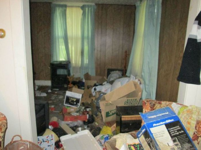 Choose Your Renters Carefully (13 pics)