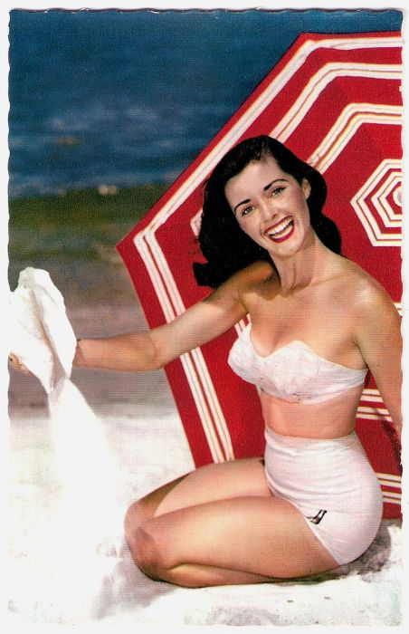 Swimwear from the 40s and 50s (66 pics)