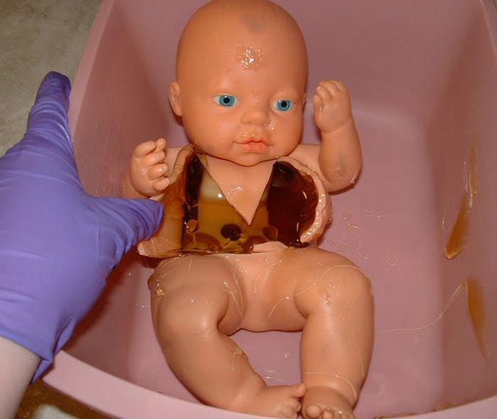What Is Inside the Doll (6 pics)