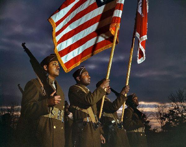 Colorized WWII USA Photos (41 pics)