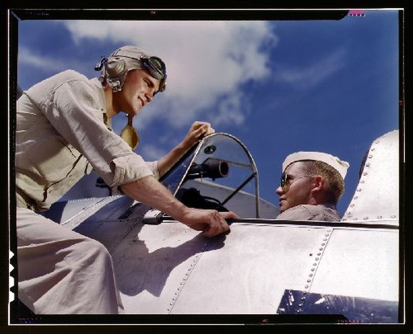 Colorized WWII USA Photos (41 pics)