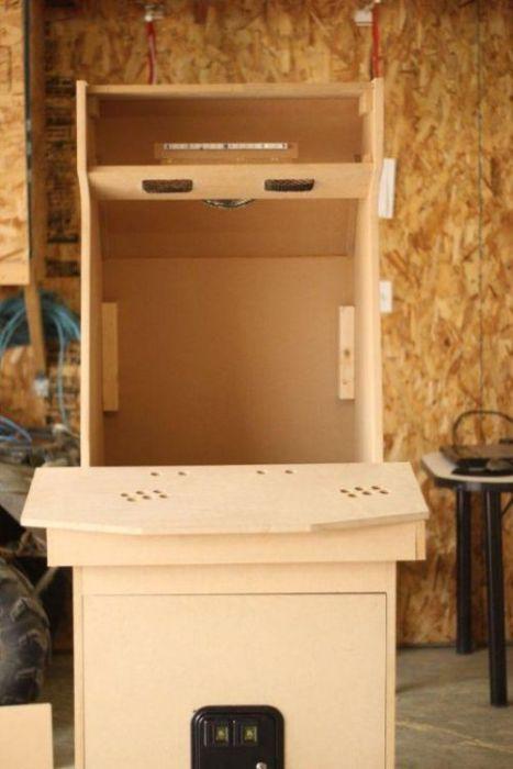 Another Homemade Arcade Game Machine (26 pics)