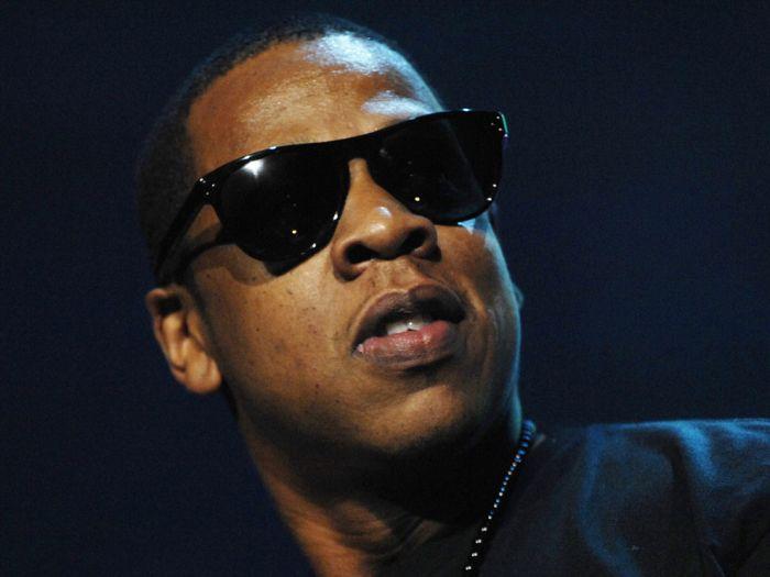 Rap Lyrics vs Actual Net Worth (25 pics)