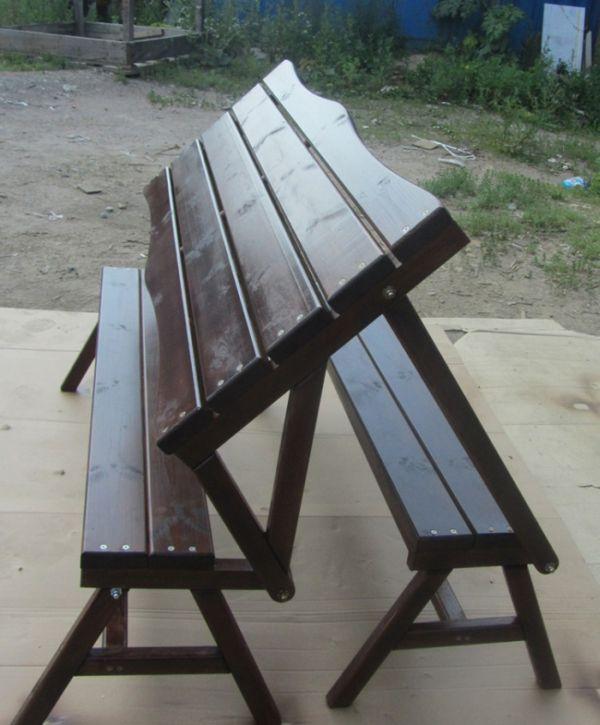 Un banco que se puede usar como mesa hazlo tu mismo for Mesa banco madera jardin