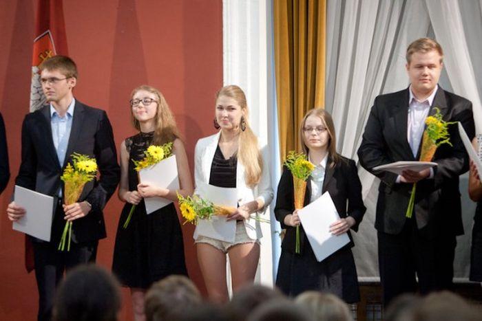 The Smartest Schoolgirl of Vilnius, Lithuania (3 pics)