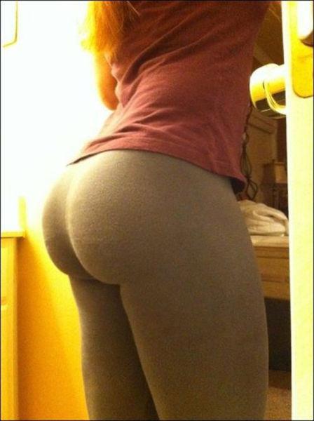 Girls in Yoga Pants. Part 4 (53 pics)