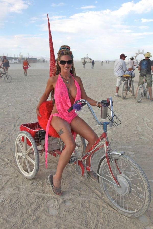 burning man photo nude women