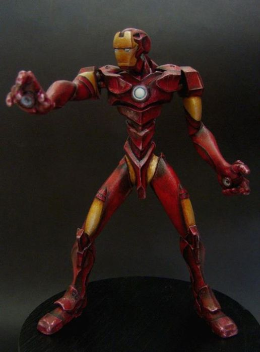 Iron Man Sculpture (30 pics)