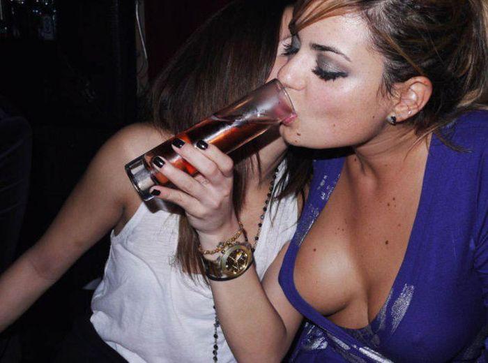 Girls Have Fun (73 pics)