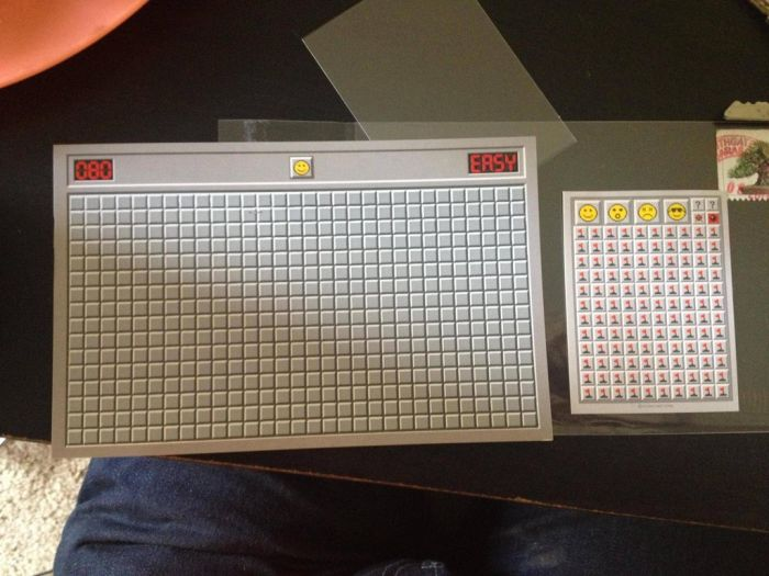 Minesweeper Scratch Off Postcard (8 pics)