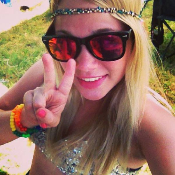Girls of Camp Bisco (54 pics)